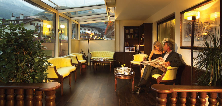 Hotel Oswald, Selva, Italy - lounge.jpg